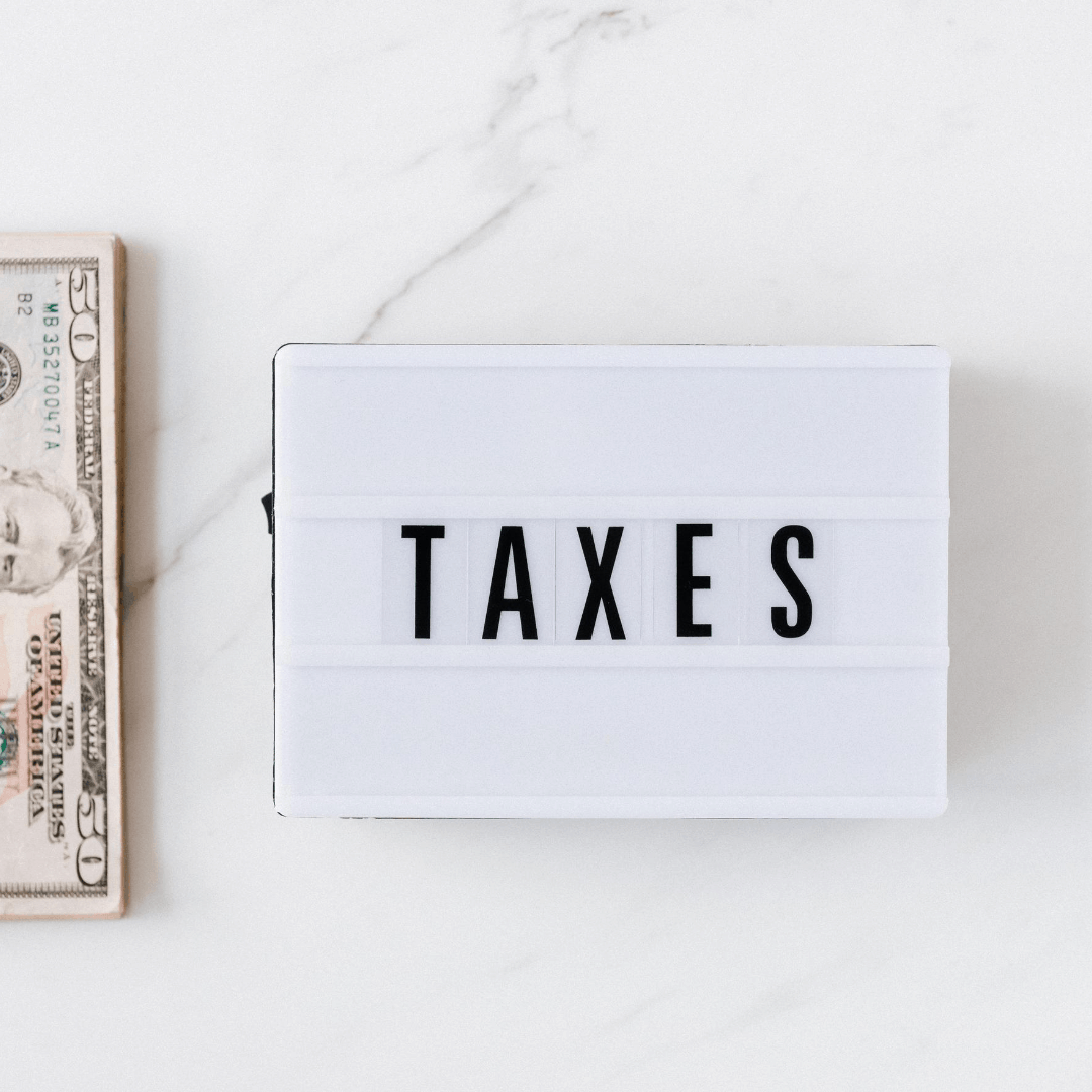 מיסים ושטרות דולרים