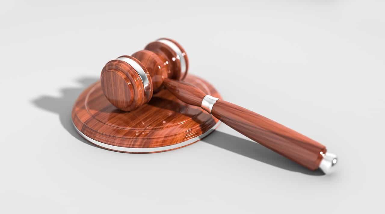 פטיש משפטי מבריק